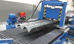 oto-yol-bariyeri-imalat-makinasi