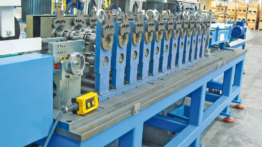 radyator-kapak-imalat-makinasi